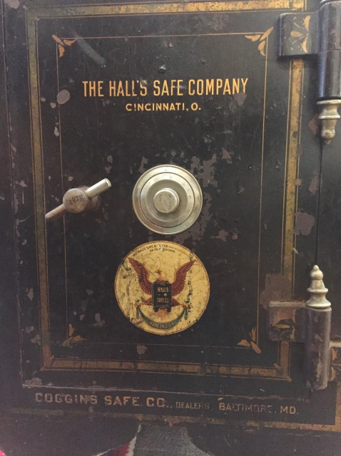 antique 1906 hall 39 s safe co cincinnati oh 100 combination floor safe works. Black Bedroom Furniture Sets. Home Design Ideas